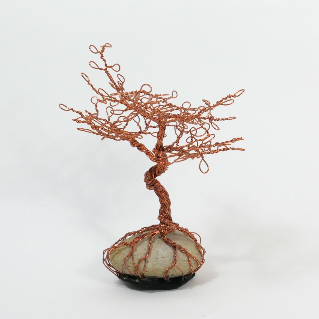 Afrikanischer Baum aus Kupferdraht