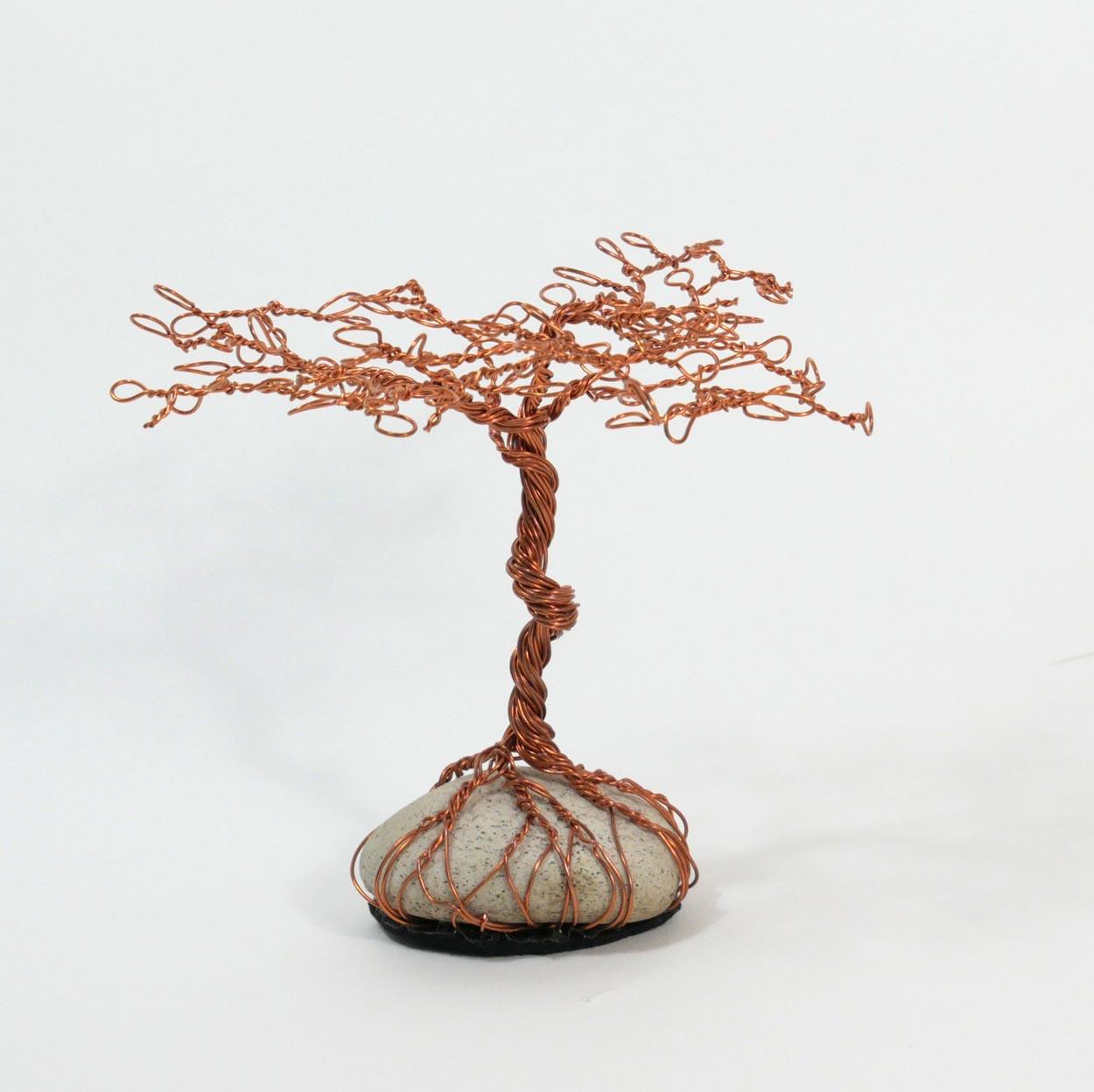 Afrikanischer Baum aus Kupferdraht (Akazie)