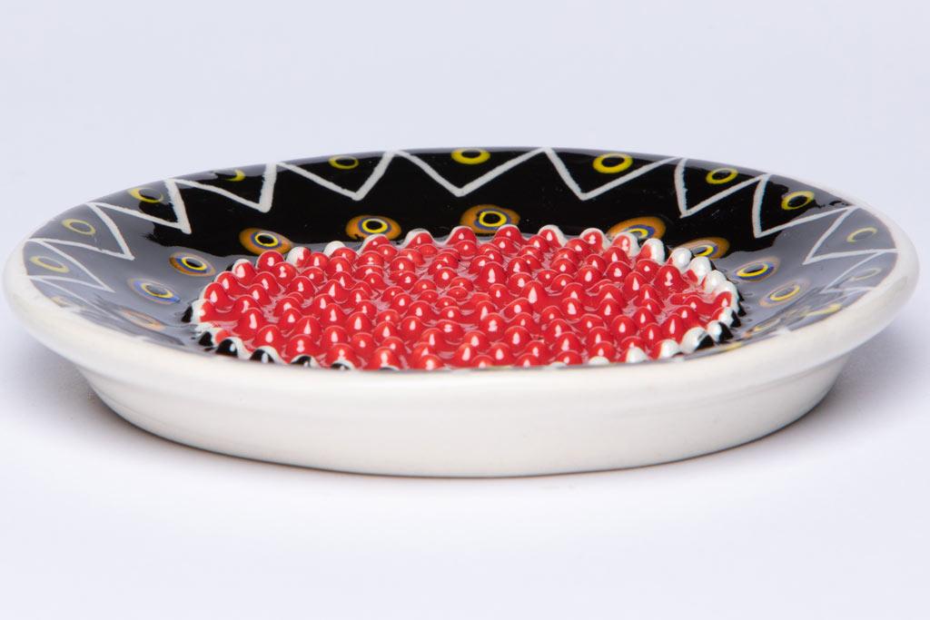 Keramikreibe in afrikanischem Design mit Glasur